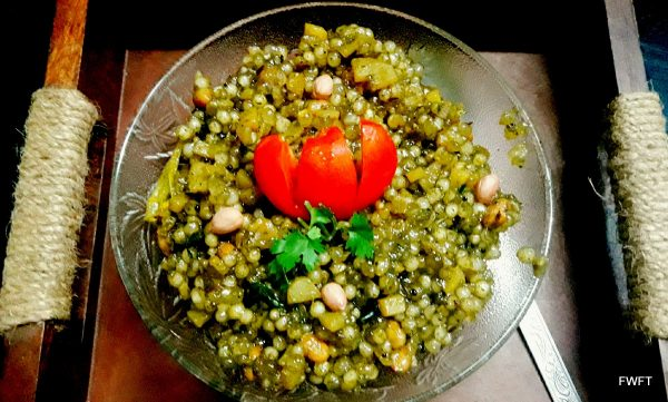 Transfer the Navratri Vrat Sabudana Khichdi Recipe to a bowl and garnish with fresh coriander leaves and serve hot.