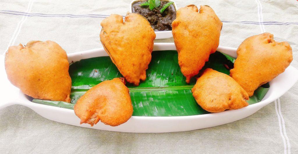 Betel Leaves or Paan Fritters  Tamalapaku Pakoda Recipe