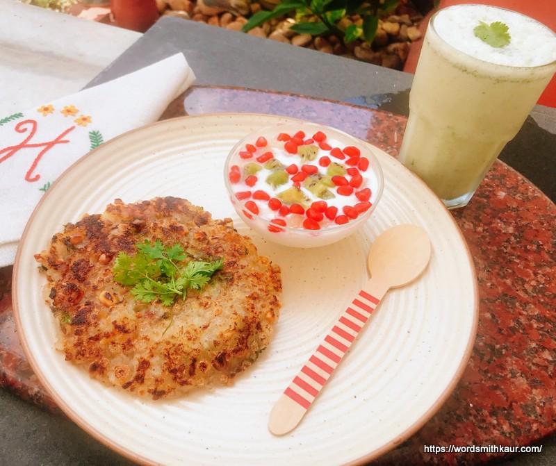 Navratri Vrat Sabudana Thalipeeth Recipe