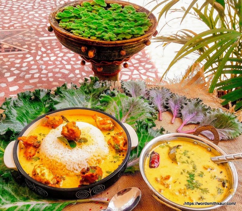 Kadhi-Chawal with Kale Pakoras